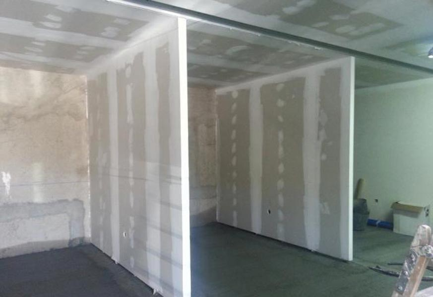 Obras de divisi n de interiores con pladur y cart n yeso - Paneles revestimiento interior ...